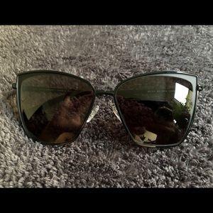 NWOT DIFF Eyewear Becky Cat Eye Sunglasses